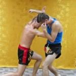 Защита от ударов руками. Как не попасть под прямой и боковой удар?